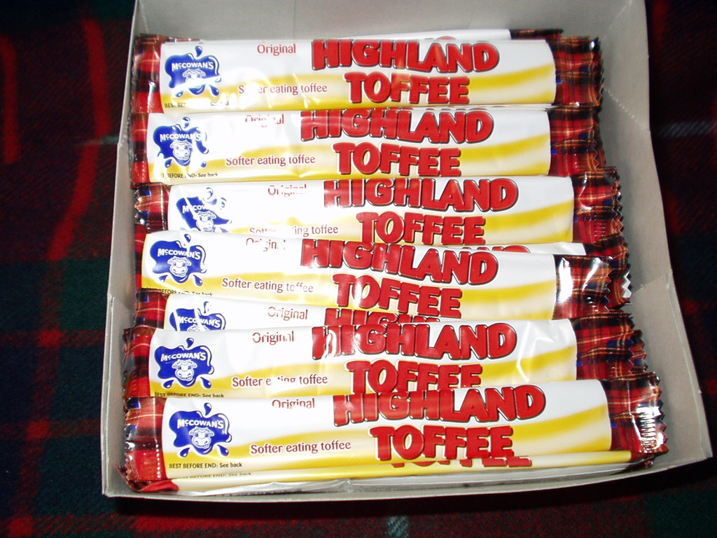 Milk chocolate flavour coated Highland Toffee Bars (10)
