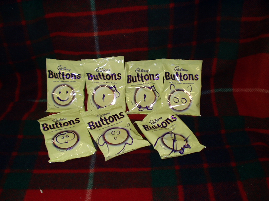 White Chocolate Buttons (5)