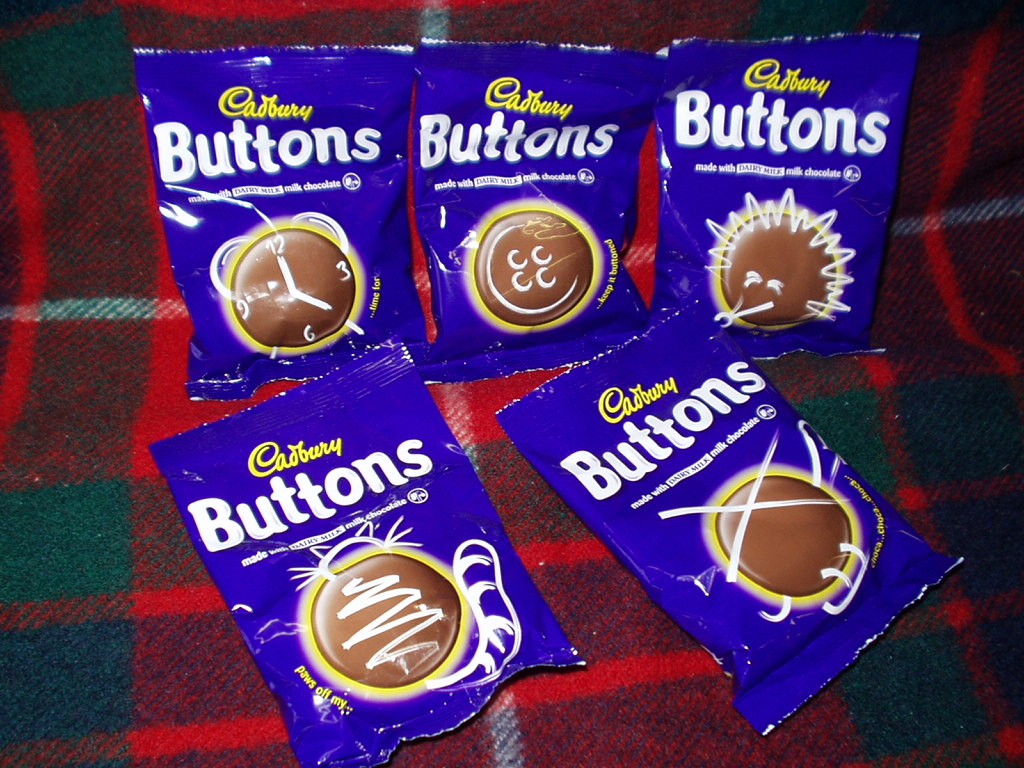 Milk Chocolate Buttons (5)